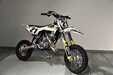 umgebautes motorrad husqvarna tc 50 motobike handels