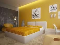d 233 co chambre jaune orange