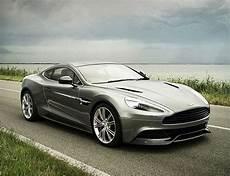 Aston Martin Vanquish Bond