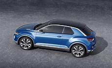 volkswagen cars news t roc concept previews new crossover