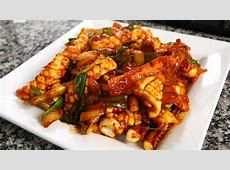 spicy stir fried squid  ohjing uh bokkeum_image