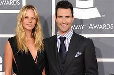 Adam Levine Frau - adam levine s new the something awful