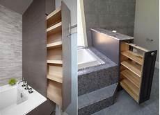 regale fürs badezimmer versteckte regale in schubladen f 252 r kleines bad