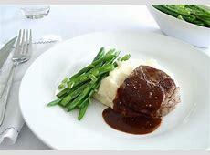 Classic steak sauce recipes: red wine jus, mushroom gravy
