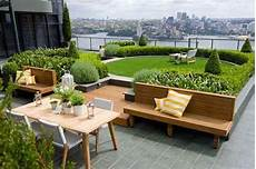 Desain Taman Minimalis Untuk Balkon Rumah Idaman Yang