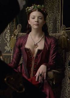 boleyn natalie dormer boleyn quot tears of blood quot season 2 episode 2