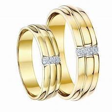 his hers 5 6 9ct yellow gold diamond wedding rings