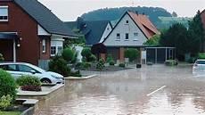 Aktuelle Nachrichten Hannover - unwetter bringt hagel schlamm und sch 228 den ndr de