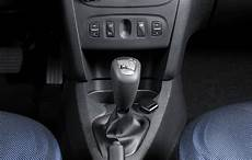 Dacia Introduces The Automatic Transmission On Logan