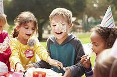 the 5 kid friendliest foods for your kid s birthday party evite