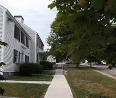 Apartments For Rent Rangeley Maine by Apartment Rentals Carver Apartments