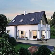 moderne einfamilienhäuser satteldach einfamilienhaus elk haus 123 modern mit satteldach elk