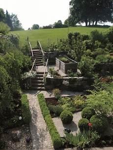 Garten Mit Hochbeeten Gestalten - hochbeet bauen und gartengestaltung mit hochbeeten