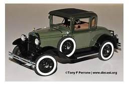 Danbury Mint 1931 Ford Model A 124 Diecast Truck  Trucks