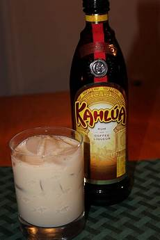 kahlua how to drink top 15 kahlua drink recipes only foods