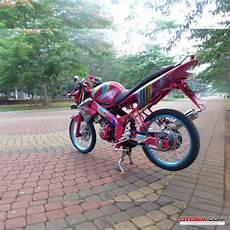 Vixion 2012 Jari Jari by Modifikasi Jari Yamaha Vixion 2012 Til Beda Dan