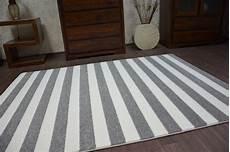 6 gr 246 223 en modernen weich teppich sketch f758 grau wei 223