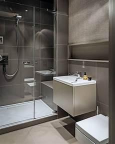 kleines bad fliesen grosse fliesen kleines bad grau taupe dusche glast 252 r bad