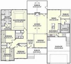 theplancollection com modern house plans farmhouse house plan 4 bedrms 2 baths 2568 sq ft