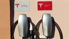 borne de recharge tesla photo bornes tesla destination charging