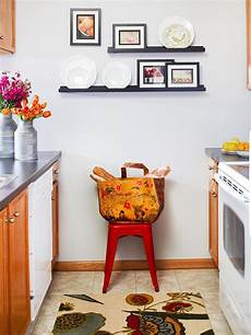 Decorating Ideas For A Blank Kitchen Wall by 39 Blank Walls Solutions For Your Home Diy Ideas For