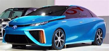 2020 Toyota Camry Hybrid XLE Sedan Review & Ratings  The
