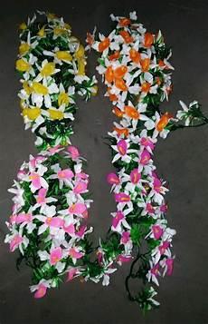 Paling Populer 30 Gambar Bunga Di Dinding Tembok