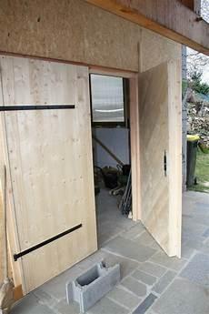 Porte Atelier Garage Bois Maison Bioclimatique Bois