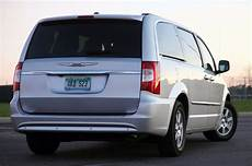 2011 chrysler town country touring review photo gallery