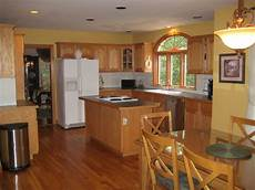 Oak Kitchen Cabinets Paint Ideas by Paint Color And Home Staging Kitchen Ideas Kitchen