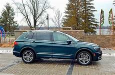 suv review 2019 volkswagen tiguan highline r line driving