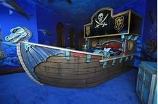 kinderbett piratenschiff 1001 ideen f 252 r piraten kinderzimmer zum entnehmen