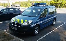 voiture de gendarmerie file peugeot partner gendarmerie nationale 2016 jpg