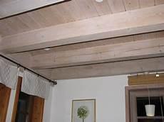Holz Aufhellen Lasur - braune holzdecke wei 223 streichen haus design ideen