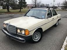 how things work cars 1977 mercedes benz w123 navigation system 77 mercedes benz 280e low miles runs great everything works w123 clean car classic