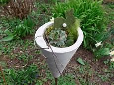 Gartenkunst Aus Beton - fr 252 hlingsdeko aus beton f 252 r den garten concrete