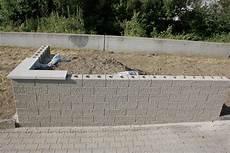 steine kleben statt mauern schalungssteine gartenmauer bdw app