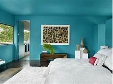 wände gestalten schlafzimmer blaue w 228 nde gestalten im schlafzimmer malerei