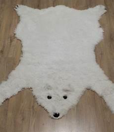 vendre la peau de l ours ne pas vendre la peau de l ours tapis ours polaire couture turbulences