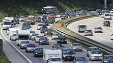 Staumelder A8 Richtung Stuttgart - staumelder weitgehend entspanntes wochenende erwartet reise