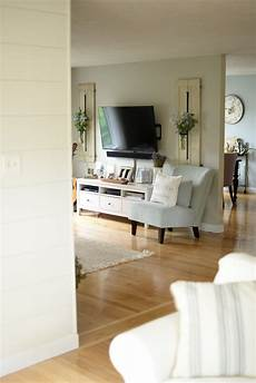 Home Decor Ideas Tv Room by How To Decorate Around Your Tv Like A Pro Living Room