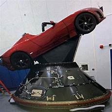Tesla Roadster Is Indeed Headed For Outer Space