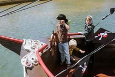 mandurah pirate cruise travel katalay net