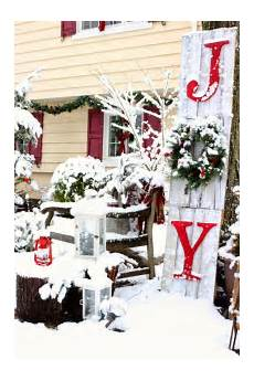 Decorations For Outside by 40 Festive Outdoor Decorations