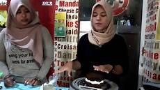Tutorial Menghias Simple Blackforest Cake Dengan Bahan