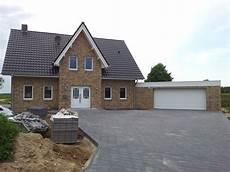 Haus Mit Garage Schicker Friese