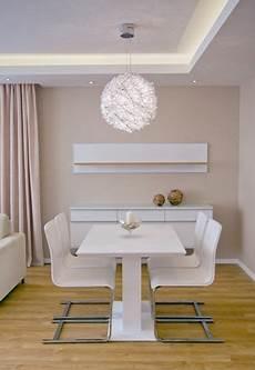 indirekte beleuchtung led wohnzimmer indirekte led beleuchtung esszimmer wei 223 abgeh 228 ngte decke