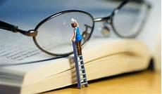 nettoyer verre lunette comment nettoyer ses verres de lunettes sans risque michils opticiens