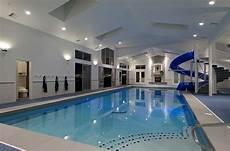 haus mit schwimmbad schwimmbecken zu hause 50 design ideen f 252 r den eigenen
