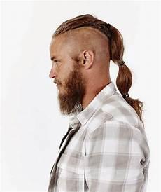 travis fimmel looks soooooo much better with the beard and hair mmm mmmm mmmm pretty things